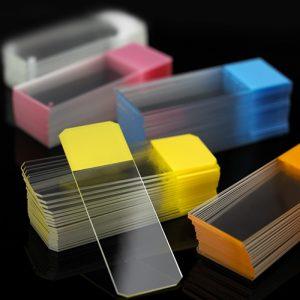 Predmetna stakla matirana u boji